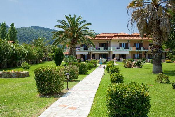 Ioanna Studios & Apartments