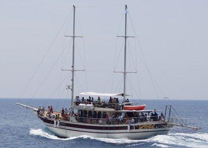 Cruises from Skala Sykias